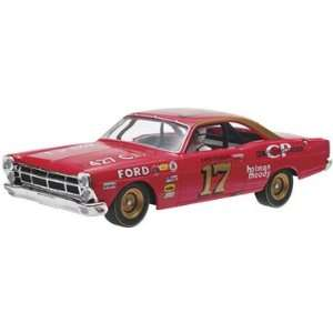 32 David Pearson #17 1967 Ford Fairlane Slot Car Toys & Games