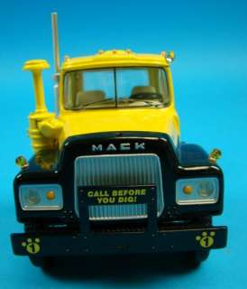 34 First Gear Gear R Mack Truck w/Lowboy Trailer Die Cast Model New