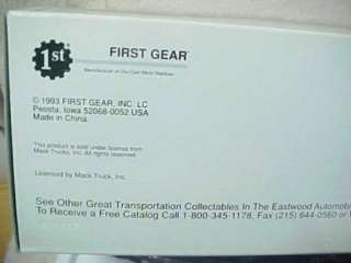 First Gear Eastwood Mack Truck 1960 Model B 61 Tractor & Trailer 14