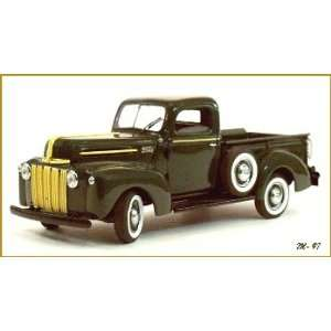 1942 Ford Pick up Danbury Mint Die Cast 124