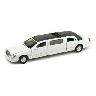 1999 Lincoln Town Car Stretch Limousine in Color Black Toys & Games