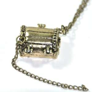 Vintage retro style gold tone lucky locket charm long necklace jewelry