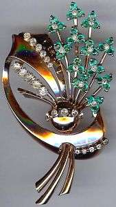 VINTAGE GOLD WASH STERLING SILVER GREEN RHINESTONE FLOWER PIN