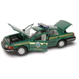 Gearbox 1/43 Vermont State Police Ford Crown Vic Toys & Games