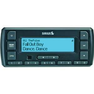 SIRIUS STRATUS 6 DOCK & PLAY RADIO WITH CAR KIT